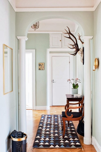 Spacious Hallway - paint colours for your hallway