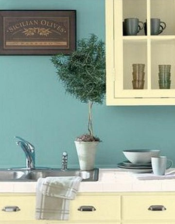 shades of blue paint - pale blue walls in cream kitchen